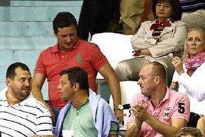 Ľudia z vedenia klubu bojujú o to, aby sa v Nitre naďalej hrala basketbalová extraliga. V červenom tričku Stanislav Michalík.