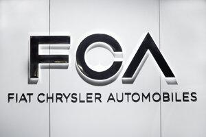 Logo automobilky Fiat Chrysler Automobiles (FCA)  na medzinárodnom autosalóne v americkom Detroite.