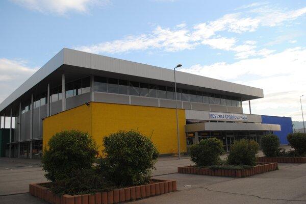 Mestská športová hala v Humennom.
