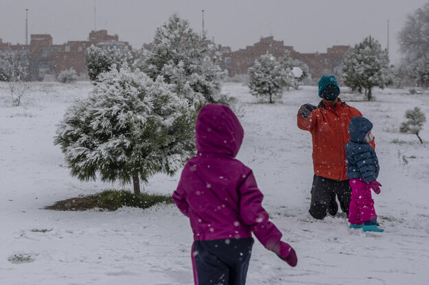 Zimné radovánky v oblasti Rivas Vaciamadrid.