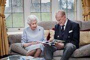 Kráľovná Alžbeta II. a princ Philip. Ilustračná fotografia.