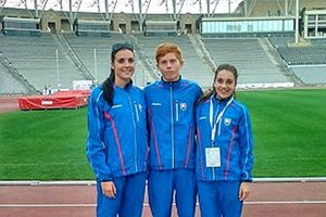 Na štadióne v Baku zľava Ostrožlíková, Meluš a Abbatantuono.