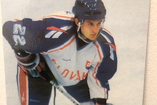 Roman Kontšek v reprezentačnom drese.