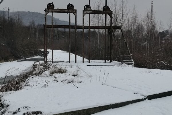 Elektráreň - vodný kanál so stavidlami. Nová kultúrna pamiatka v Krompachoch na Starej Maši.