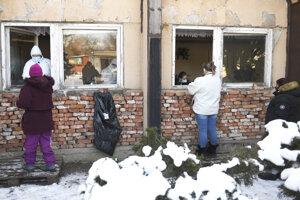 Testovanie ľudí bez domova na Bosákovej ulici.