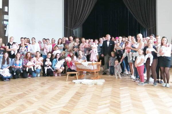 V roku 2019 sa v Novoti narodilo 81 detí, minulý pribudlo 71 novorodencov.