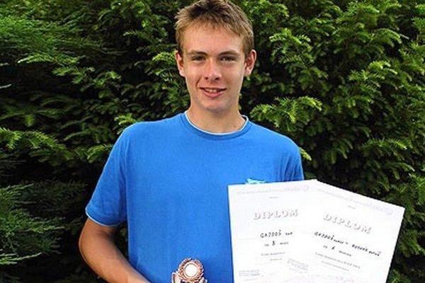 Juraj Gajdoš zo Zlatých Moraviec vyhral štvorhru a bol bronzový v dvojhre.