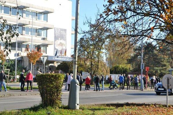 Ilustračné foto - novembrové testovanie v Lučenci.