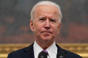 Joe Biden oznámil povinnú karanténu pre prichádzajúcich do USA.