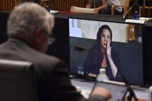 Výkonná riaditeľka Googlu pre Austráliu a Nový Zéland Mel Silvaová na online vypočutí v senátnom výbore austrálskeho paarlamentu.