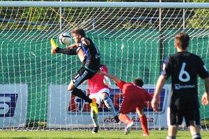 Sereď prišla o víťazstvo týmto gólom Čermáka v poslednej minúte, kedy hrali už slovanisti oslabení o dvoch vylúčených hráčov...