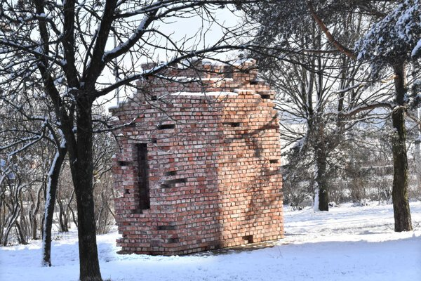 V týchto miestach stávala tehelňa, posledná zastávka pred Osvienčimom.