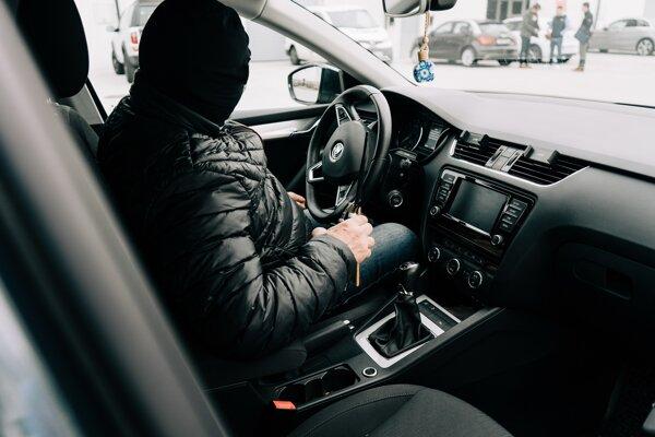 Krádeží áut je síce z roka na rok menej, ale stále sa ukradnú približne tri autá denne.
