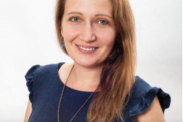 Medzi desiatkou finalistov za rok 2020 sa ocitla aj Miroslava Okuliarová zo ZŠ Mostná vNových Zámkoch.