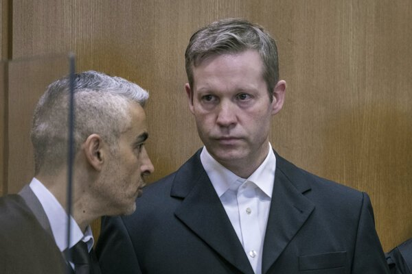Stephan Ernst dostal doživotie.