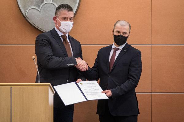 Minister vnútra vymenoval za prezidenta Policajného zboru Petra Kovaříka.
