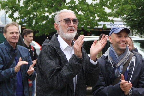 Tibor Kraščenič (v strede) už nie je medzi nami.