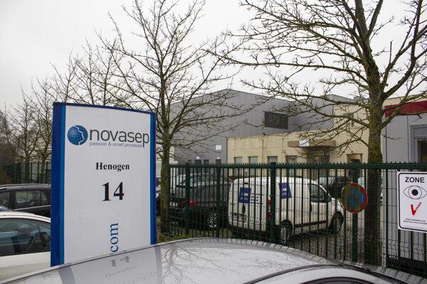 Továreň v Belgicku.