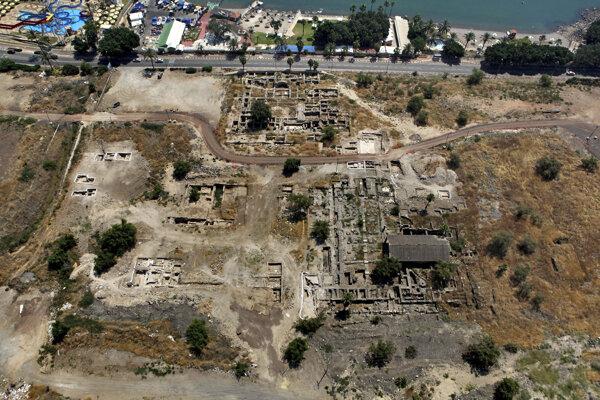 Nálezisko vykopávok mešity v meste Tiberias.