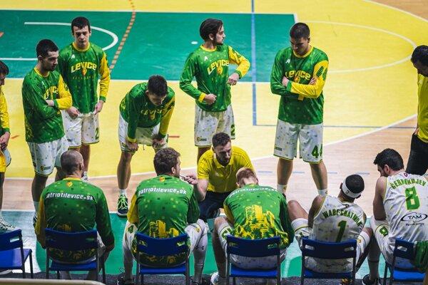 Levickí basketbalisti neodohrali pre COVID tri zápasy