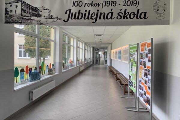 ZŠ Brezová pod bradlom oslavovala 100.výročie