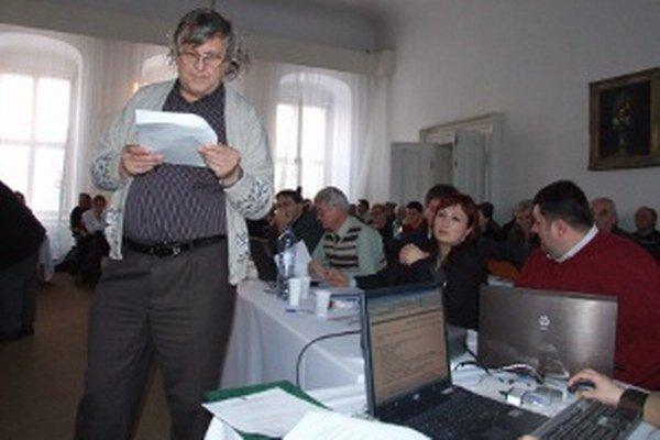 Poslanci zverili mestský majetok do správy Záhradníckych služieb.