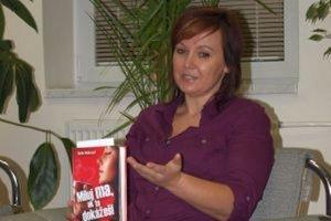 Aktuálnou knihou Sone Rebrovej je titul Miluj ma, ak to dokážeš (2013).