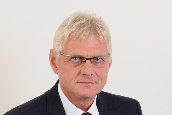PhDr. Dušan Macho, starosta obce Práznovce