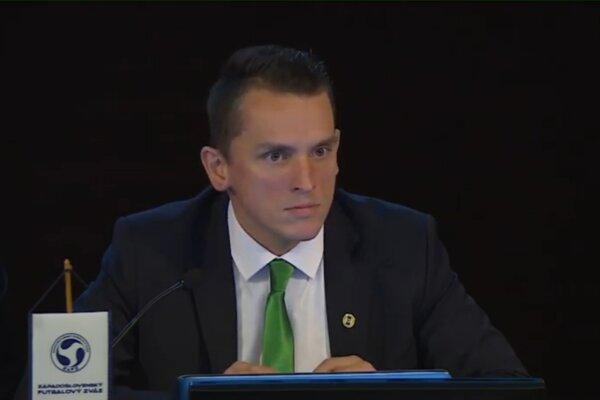Predseda ObFZ Nové Zámky Peter Kováč.