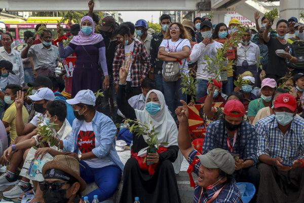 Demonštrácie v Mjanmarsku.