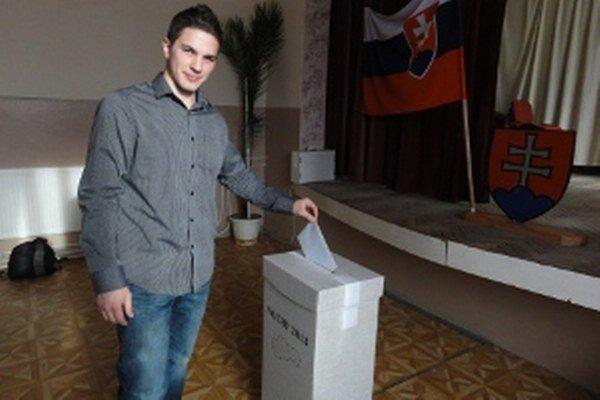Radoslav Maťo volí župana po prvý raz. Hlas dal kandidátovi, ktorého podporil už v prvom kole.