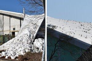 Zosuv snehu spôsobil poškodenie bleskozvodu na streche zimného štadióna.