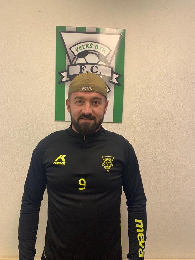 Predseda klubu FC Veľký Kýr Boris Bátora
