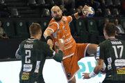 Patrik Hruščák v zápasoch proti Považskej Bystrici a Tatranu Prešov nútene pauzoval.
