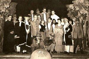 Ochotnícke divadlo v Dolnom Srní malo vždy silnú tradíciu.