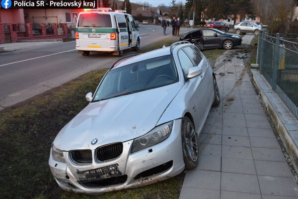 Pri nehode sa nikto nezranil.