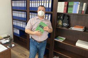 Patrik Benčík je autorom knihy o daňových judkátoch.