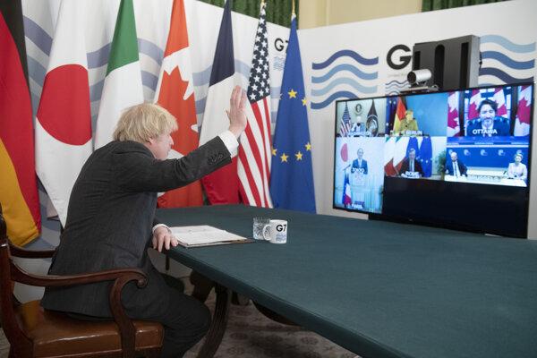 Britský premiér Boris Johnson predsedal virtuálnemu stretnutiu lídrov skupiny G7.