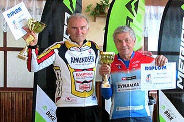 Striebro v celkovom hodnotení SP pre Michala Brata (vpravo).