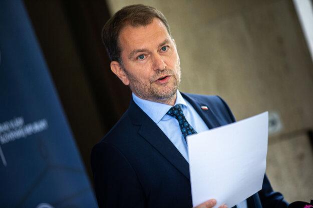 22. júl 2020. Predseda vlády Igor Matovič počas tlačovej konferencie ohľadne svojej diplomovej práce.