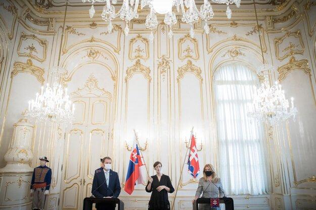 4. november 2020. Predseda vlády Igor Matovič a prezidentka Zuzana Čaputová počas spoločnej tlačovej besedy.