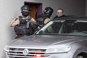 Bývalého šéfa SIS zatkli pre podozrenie z korupcie.