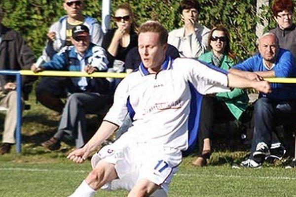 Útočník Vlčian Marián Cifra strelil do siete Nového Života štyri góly!