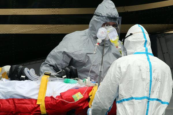 Parížske nemocnice varujú, že môže prísť k situácii, kedy si už budú musieť vyberať, koho budú liečiť.