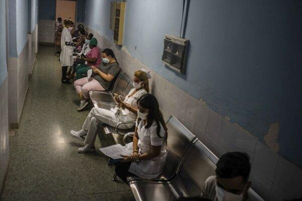 Očkovanie vakcínou Soberana-02 v Havane.