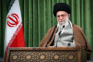 Iránsky duchovný vodca Alí Chámeneí.