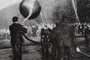 Hydrobalový zápas v roku 1958