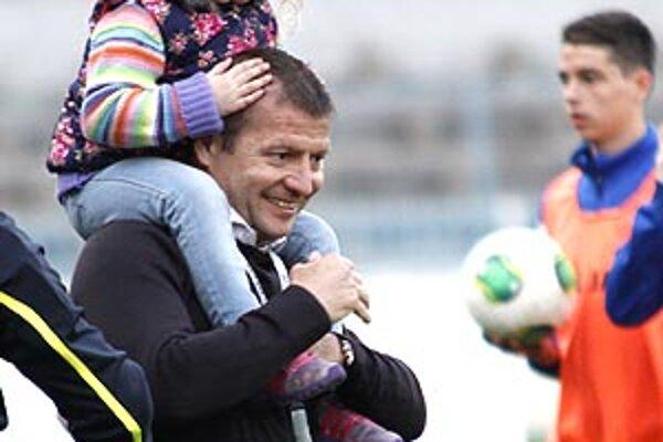 Tréner Vukušič sa po zápase tešil aj s dcérkou Sandrou.