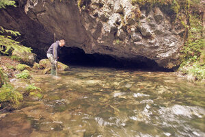 Výskum vyvieračky Hlbokô v Nízkych Tatrách, ktorá patrí k najväčším na Slovensku.