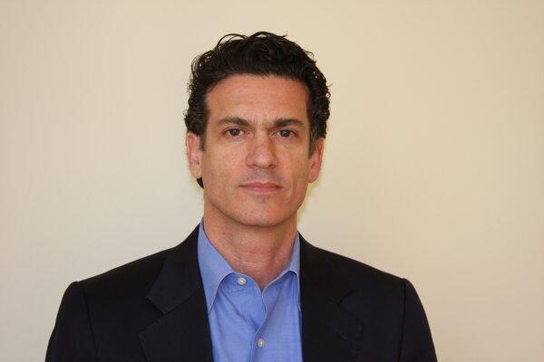 Generálny riaditeľ Investičného fondu na rozvoj médií Harlan Mandel.
